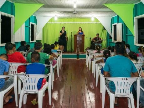Pequena igreja em Afuá