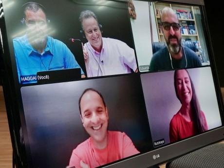 Troca de experiências por videoconferência