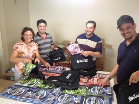 De volta ao apartamento do Indalécio e Eneide em Ji-Paraná montando todos os materiais dos participantes.
