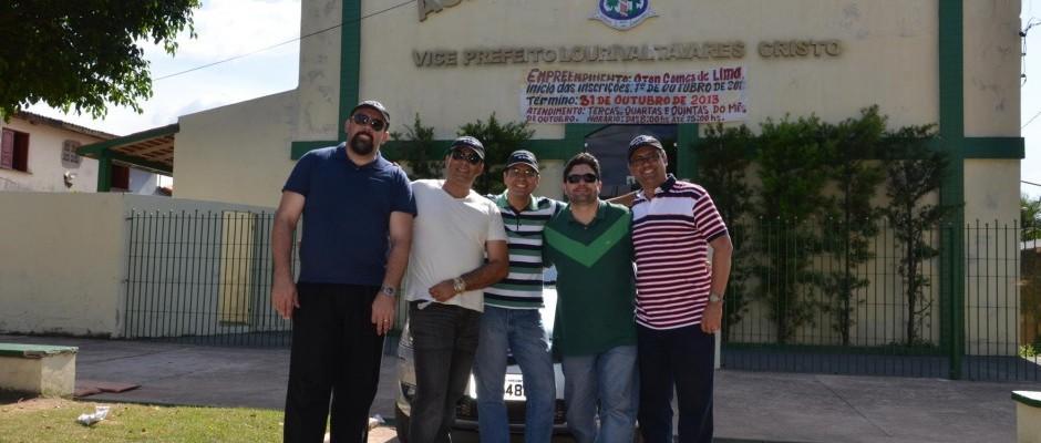 Em frente ao Auditório Municipal de Moju onde a Jornada foi realizada
