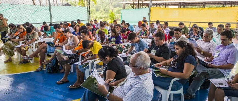 Participantes em sala de aula durante o treinamento