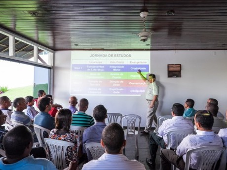 Março 2015 - apresentando o projeto para pastores da região