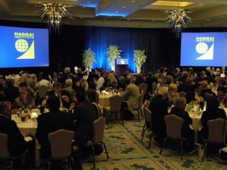 Banquete durante Encontro Anual em Atlanta