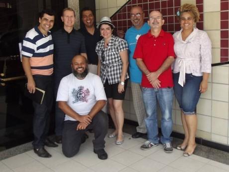 Grupo reunido na reunião da AGRADH-MG