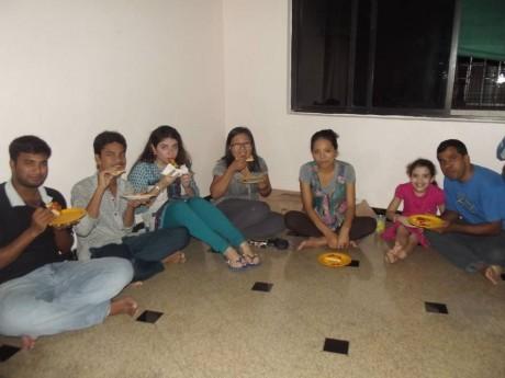 Jantar de despedida dos alunos à base de pizza